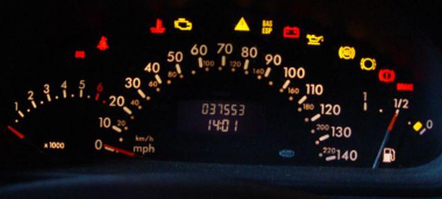 Bert Rowe S Mercedes Benz A Class Info Instrument